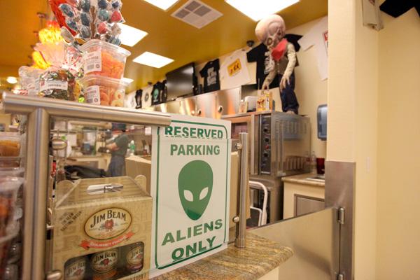 alien6.jpg