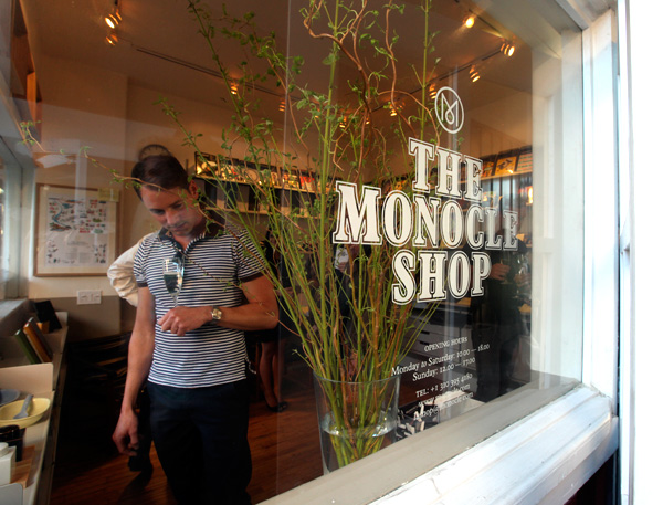 monocle4.jpg