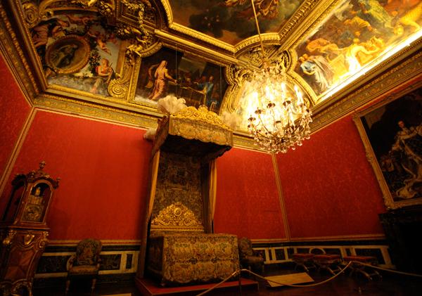 chandeliers10.jpg