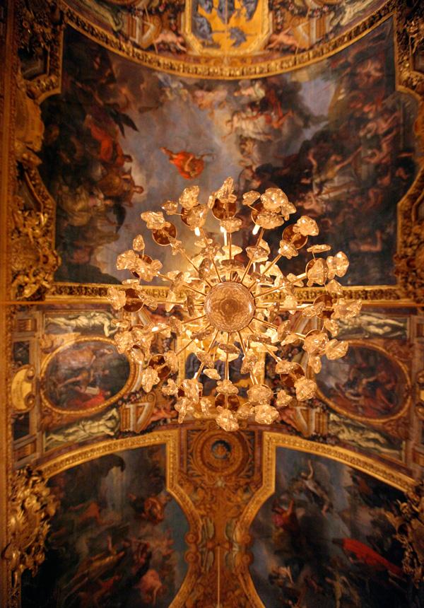chandeliers13.jpg