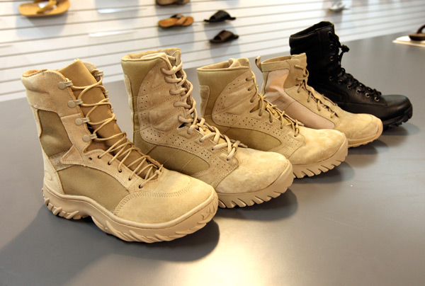 oakleyboots9.jpg