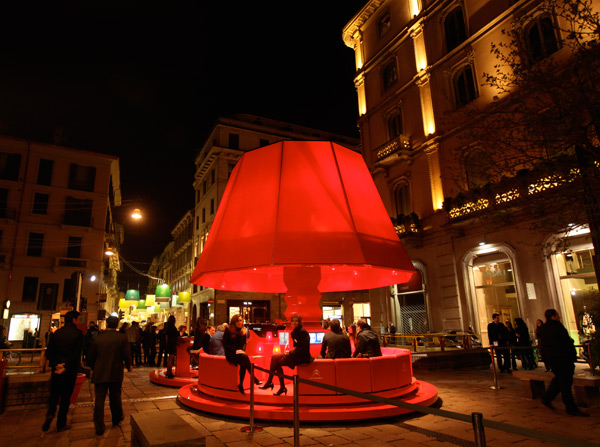 redlamp1.jpg