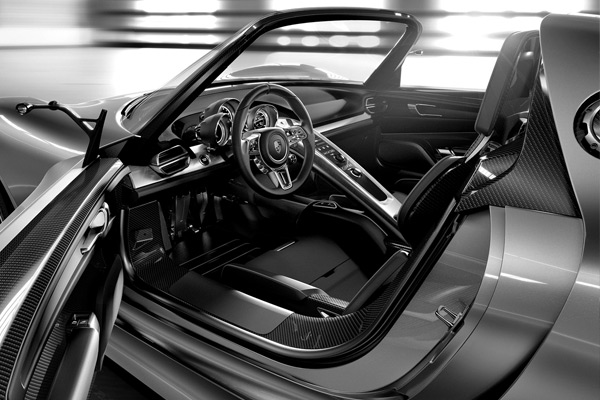 interior2_porsche.jpg