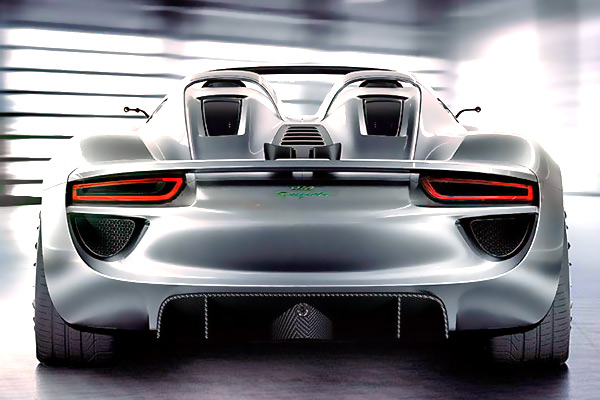 porsche_918-Hybrid-back.jpg