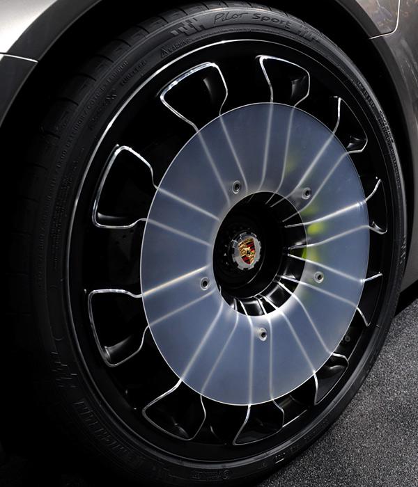 porsche_918-Hybrid-wheelzoom.jpg
