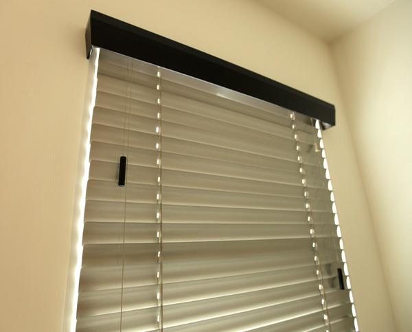 blinds-silve3.jpg