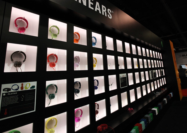URBANEARS & MARSHALL HEADPHONES AT CES