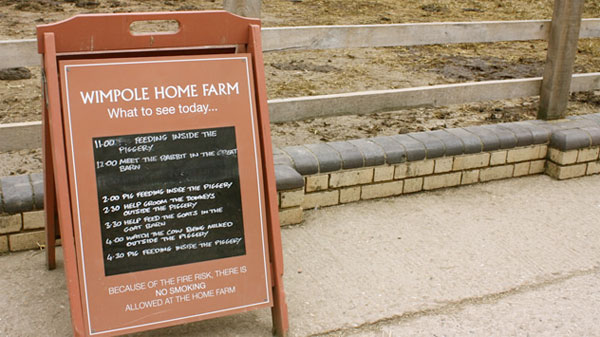wimpolefarmsign.jpg