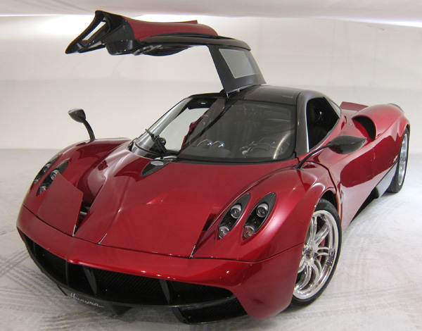pagani5.jpg