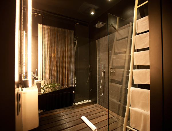 der zauberlehrling hotel stuttgart notcot. Black Bedroom Furniture Sets. Home Design Ideas