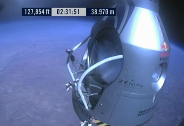 stratos19.jpg