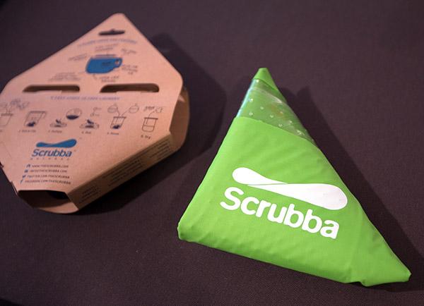 scruba3.jpg